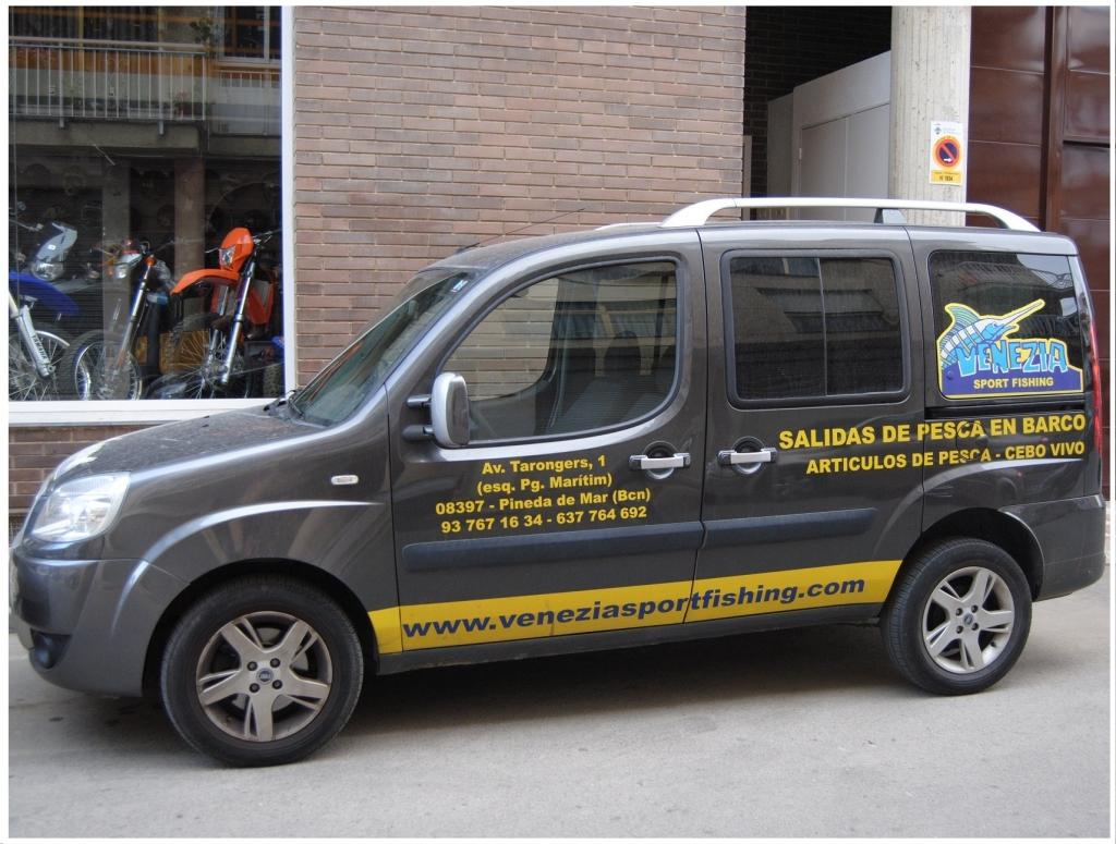 Ofrecemos a nuestros clientes servicio de transporte previo acuerdo